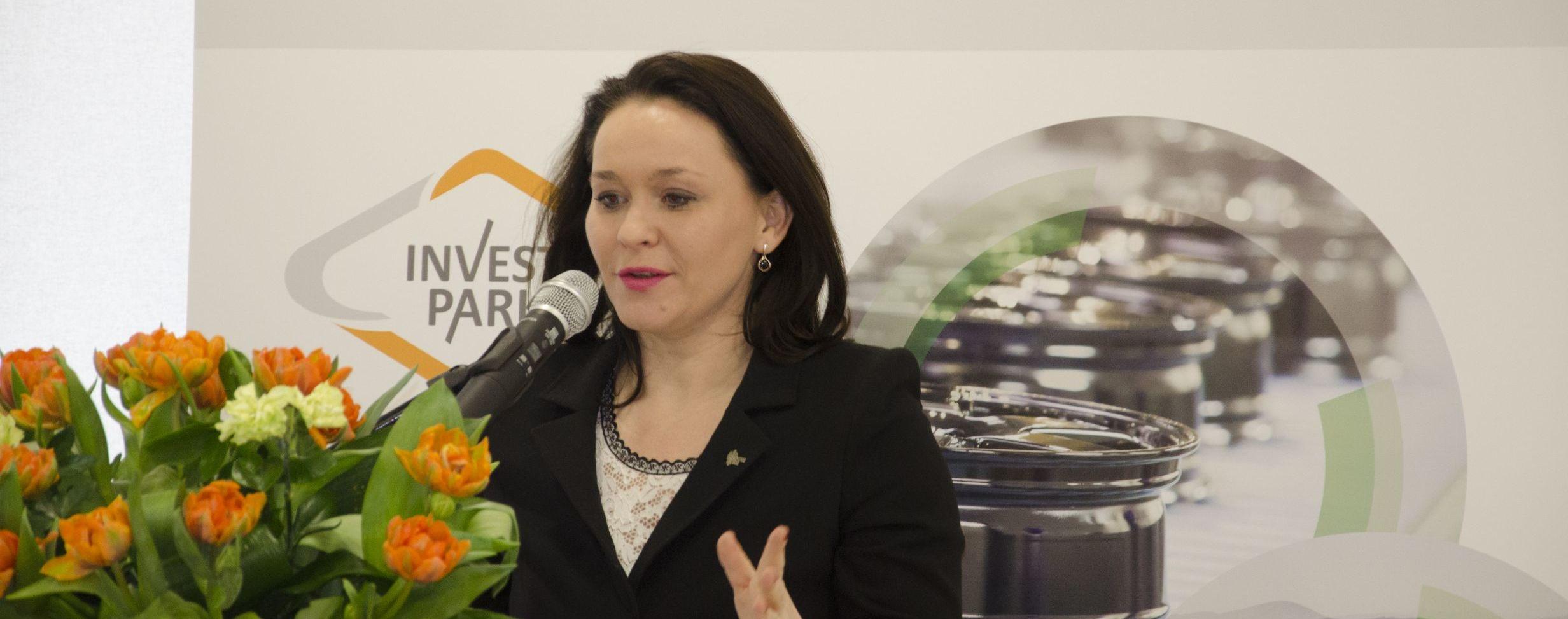 - Dziś jest bardzo ważny dzień nie tylko dla mieszkańców Wrześni, ale również dla całej Wielkopolski – mówiła podczas uroczystości otwarcia biura WSSE, senator i minister w kancelarii premiera, Andżelika Możdżanowska.