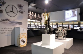 Mercedes - otwarcie wystawy (1)