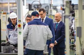 Wizyta premiera Mateusza Morawieckiego w wałbrzyskiej fabryce Toyota Motor Manufacturing Poland